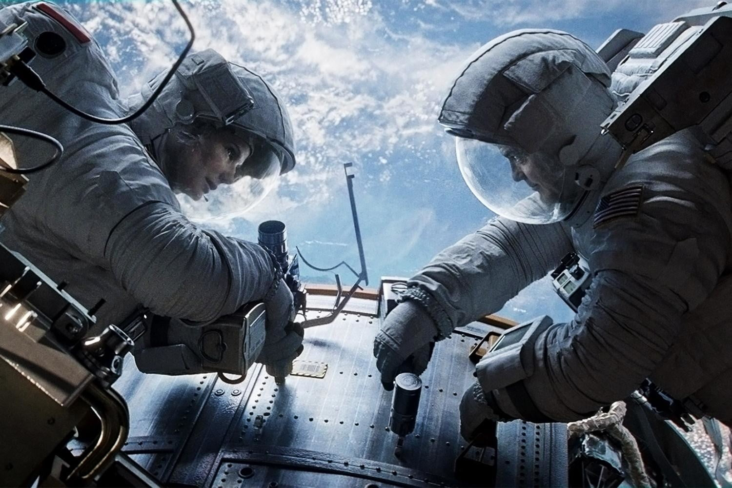 gravity movie review sandra bullock george clooney