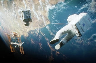 gravity movie review space 2