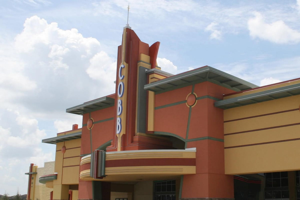 florida man shot movie theater wouldnt stop texting grove  shooting