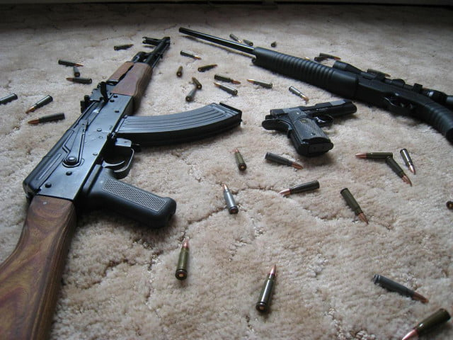facebook arms sale groups in syria libya iraq guns