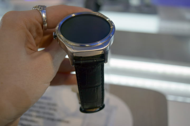 haier watch hands on