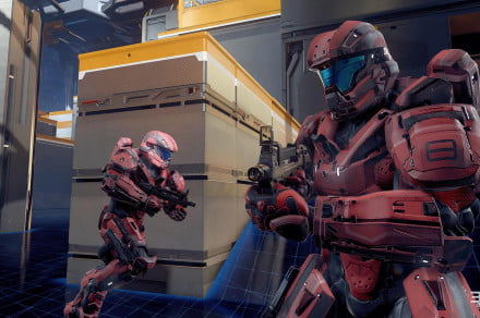 Halo-5-Guardians-Multiplayer-Beta-Trench-Breakout-Move-Out