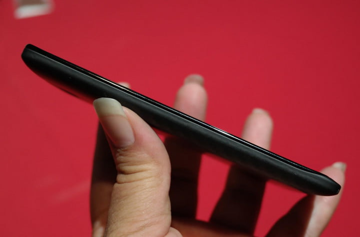 motorola droid maxx review hands on right side