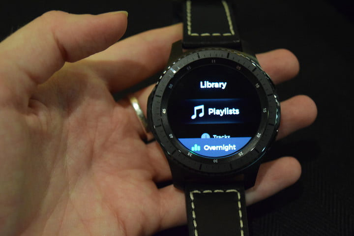 Hands-on--Samsung-Gear-S3-Classic-and-Gear-S3-Frontier-_0301