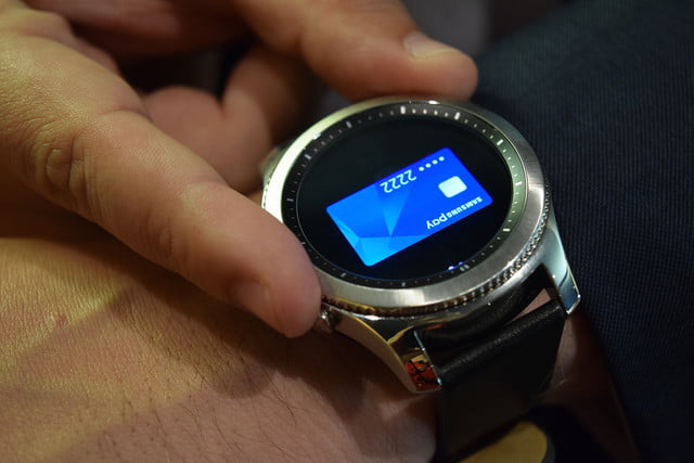 samsung secondary watch display patent hands on  gear s classic and frontier