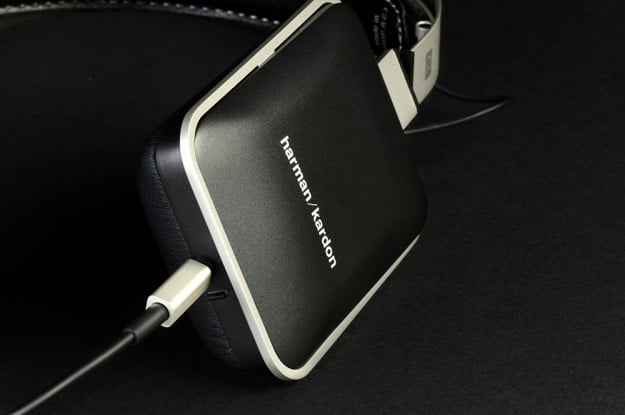 Harman Kardon CL Review bottom port