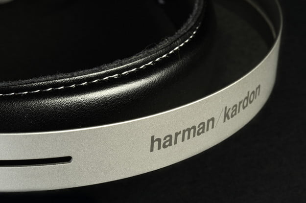 Harman Kardon CL Review headband angle
