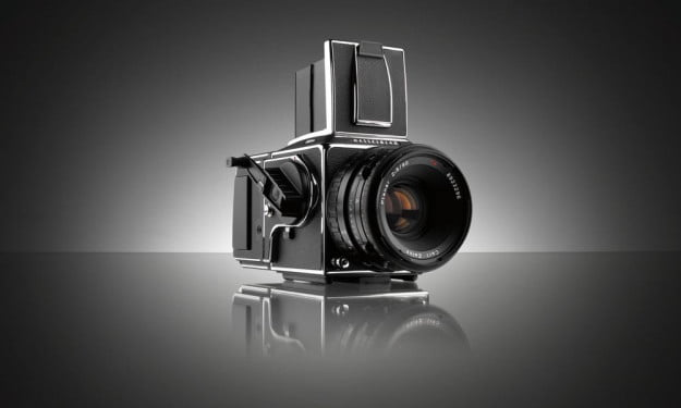 Hasselblad-503CW_CFVII_front