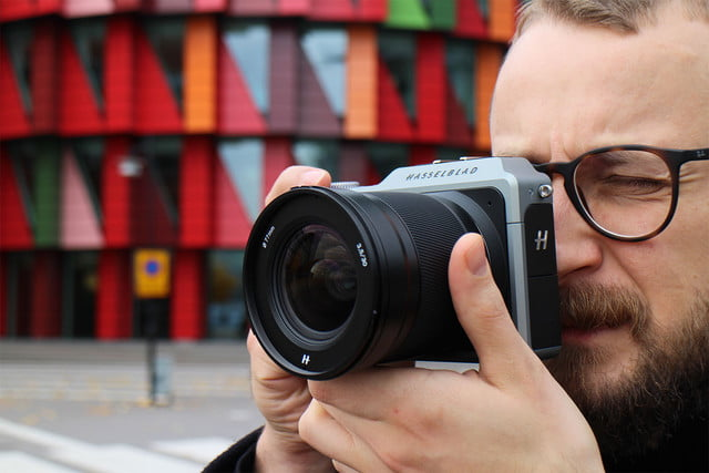 hasselblad perry oosting steps down gothenburg