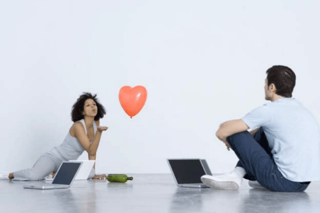 What is acceptable in online dating