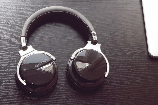 headphone deal roundup featured