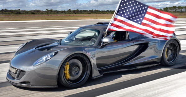 hennessey venom gt breaks bugatti veyron speed record at 270 mph digital trends. Black Bedroom Furniture Sets. Home Design Ideas