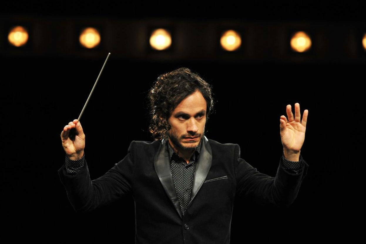 Amazon's first series in HDR, Mozart in the Jungle