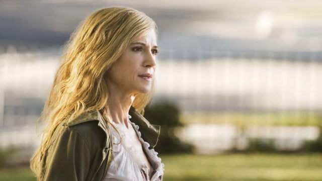 holly hunter two others set role zack snyders man steel sequel