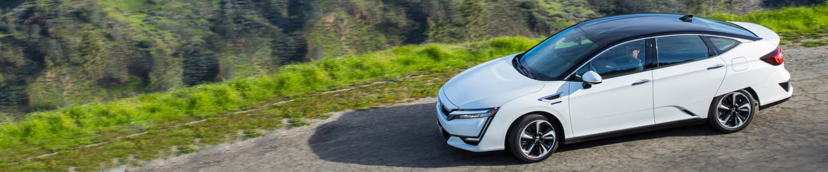 Honda's hydrogen-electric Clarity lets you drive a piece of the future, for free