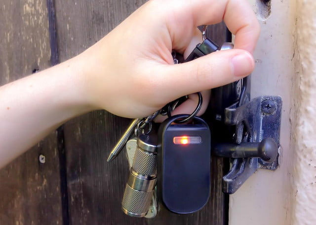 dt deals never lose your keys wallet or kids again with hone for ios key