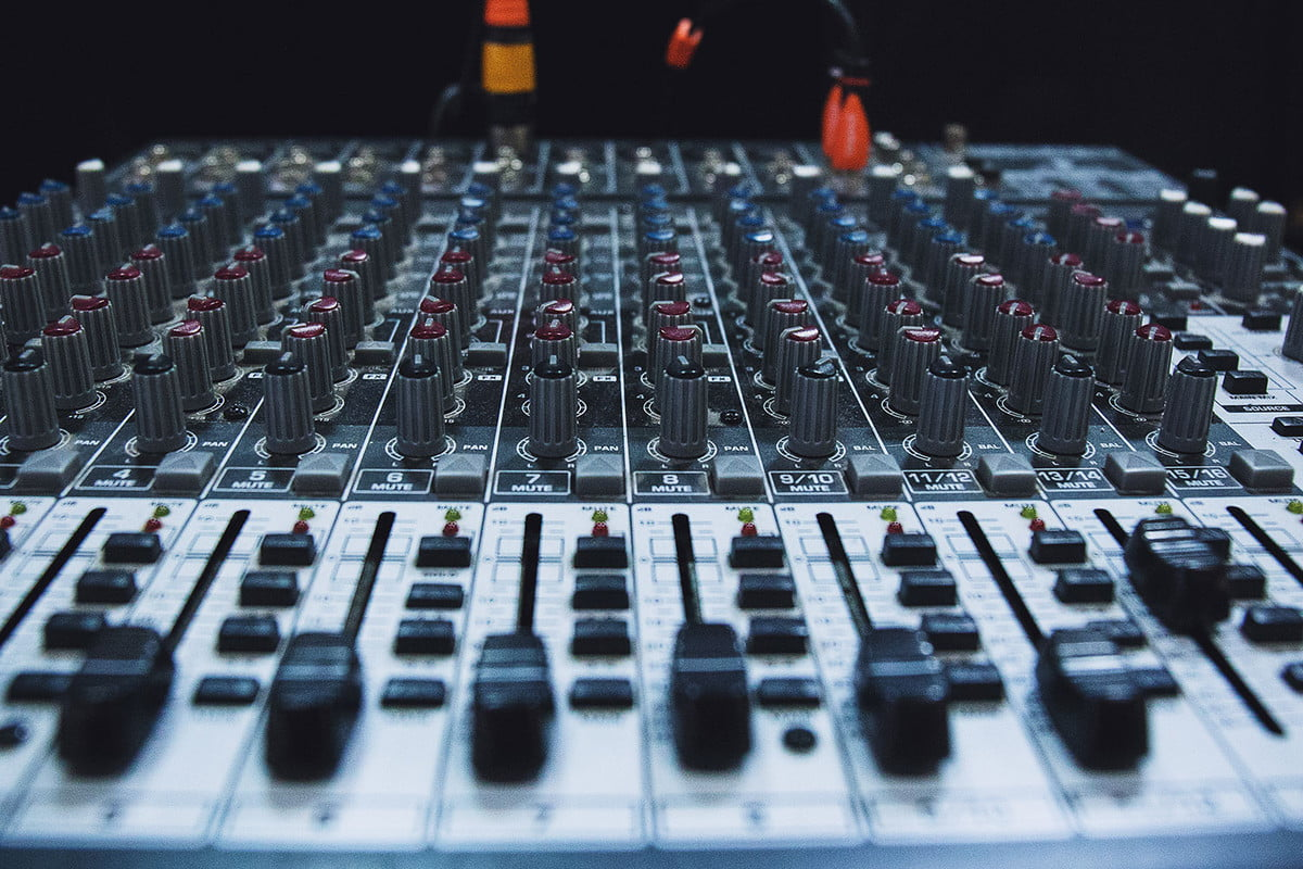 eq explainer how to master your equalizer for the perfect sound