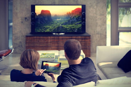 how-to-mirror-your-smartphone-tv-television-tablet