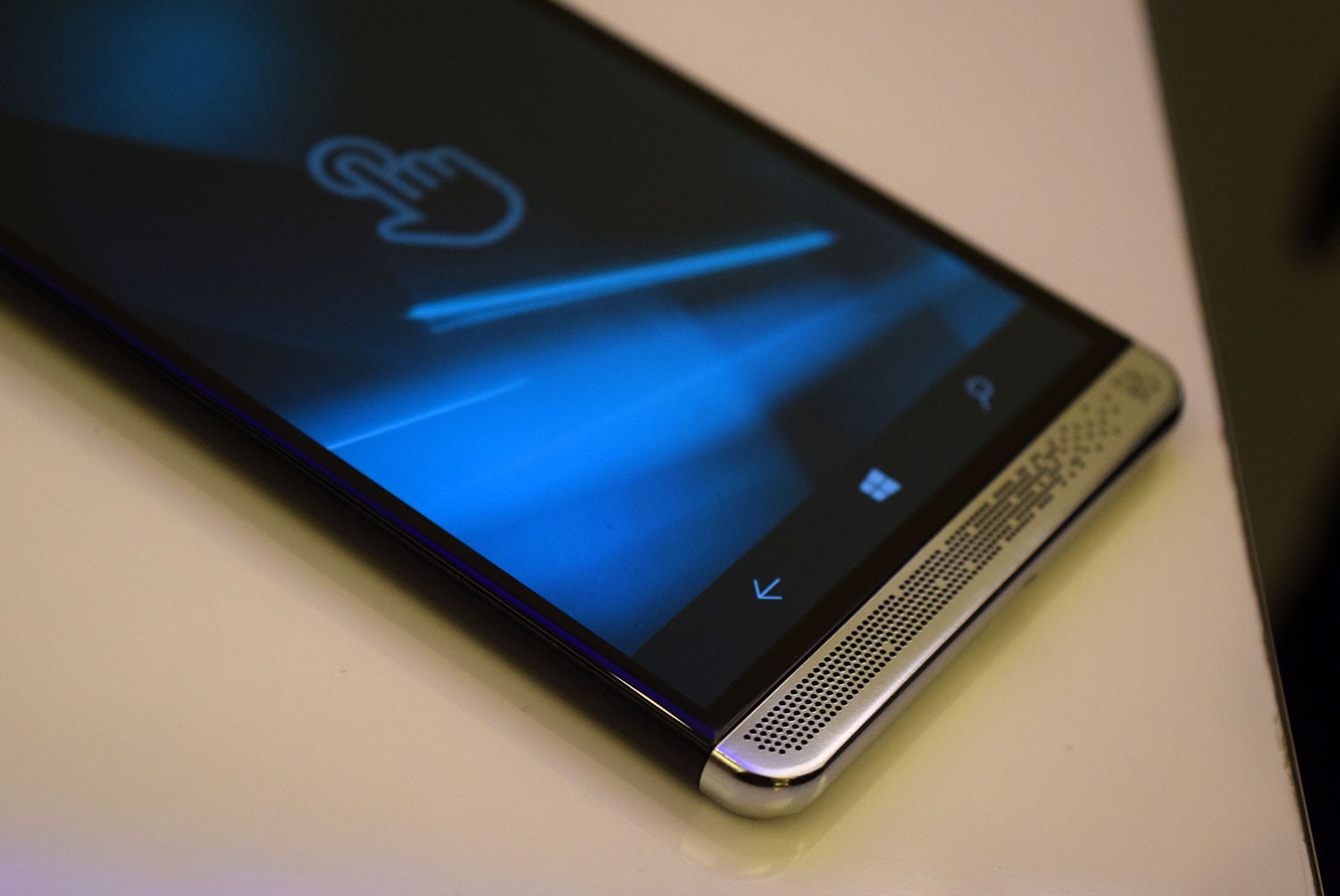 HP Elite X3 Hands-On Review | Windows 10, Specs, and More | Digital Trends
