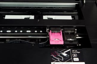HP-Envy-120-all-in-one-printer-review-inside-cartridges