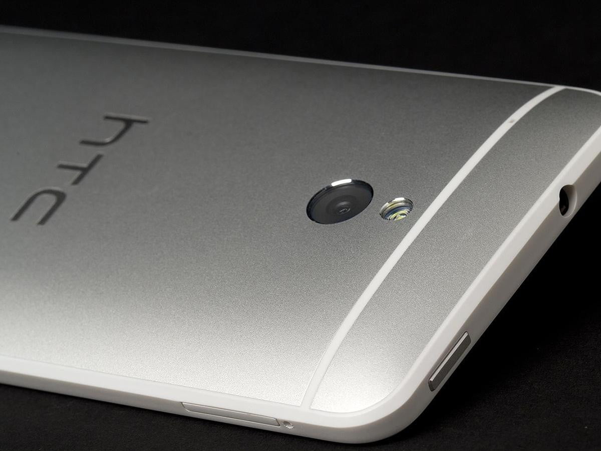 htc promises android updates two years flagship devices one