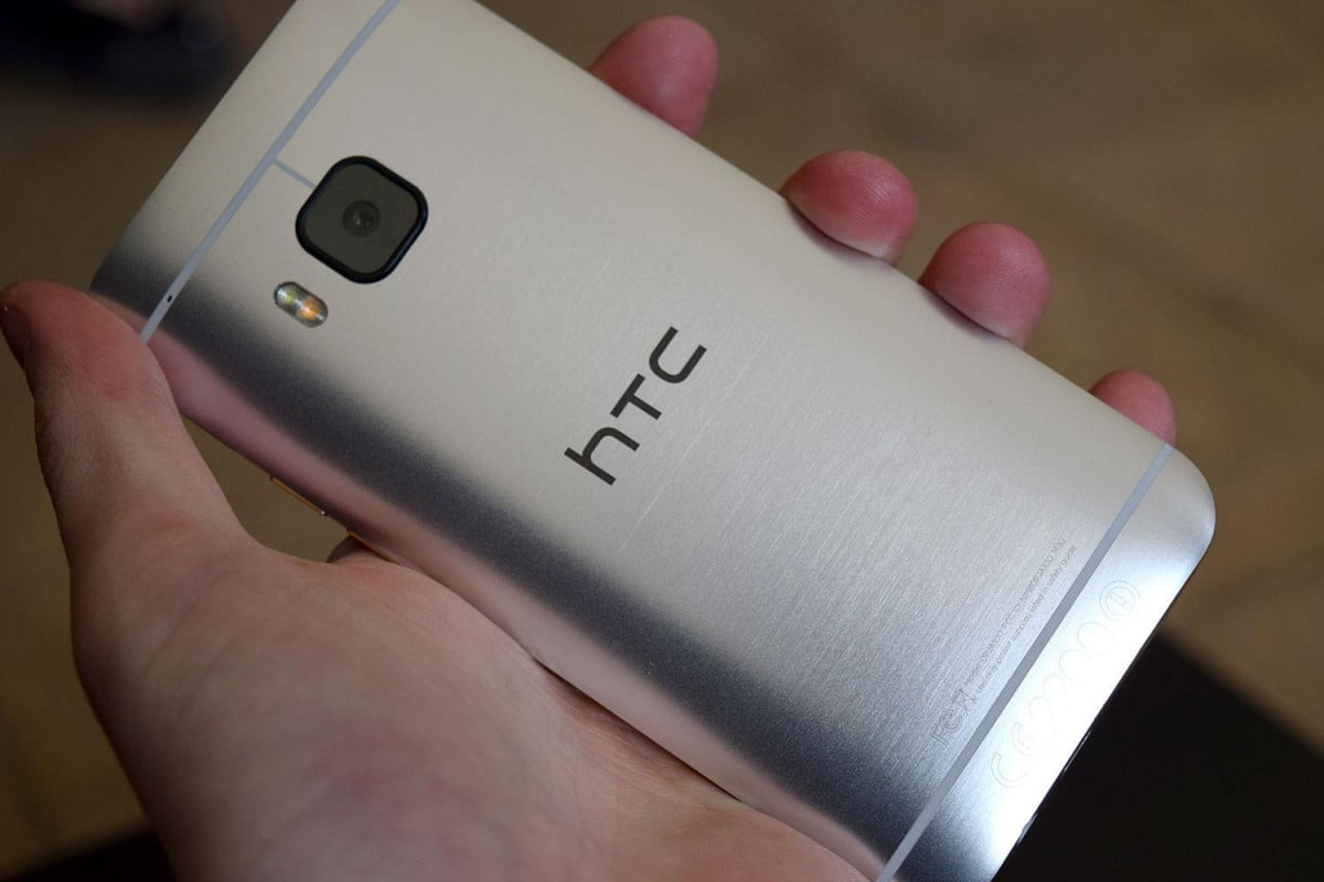 htc denies asus acquisition rumor one m  back angle