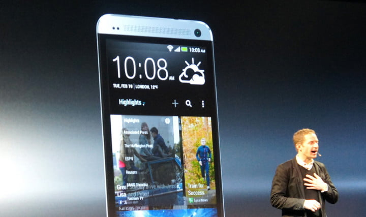 htc reveals the one  main screen