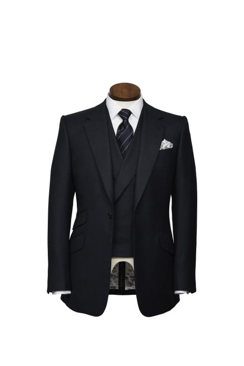 bentley takes bespoke to your torso with these savile row driving jackets huntsman bespokedrivingjacket men sfront