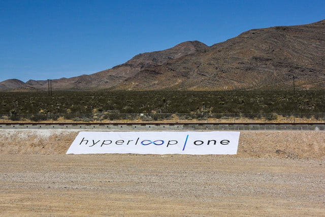 hyperloop dubai debut one event