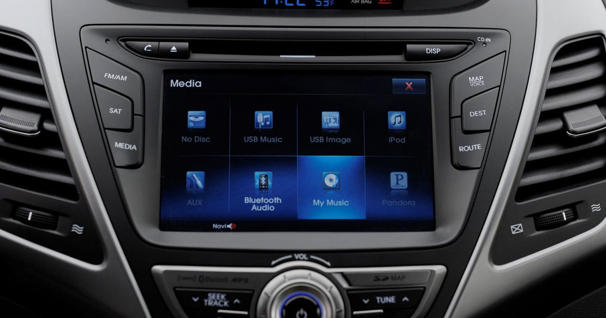 hyundai blue link infotainment review digital trends. Black Bedroom Furniture Sets. Home Design Ideas