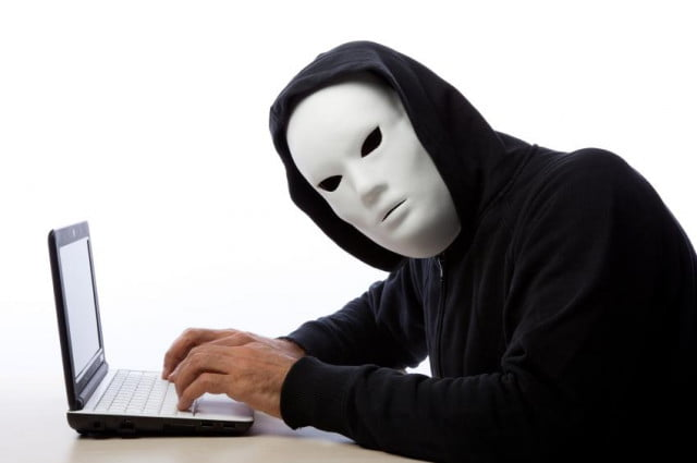 if youre not careful you could be the next victim of identity fraud on facebook idfraud