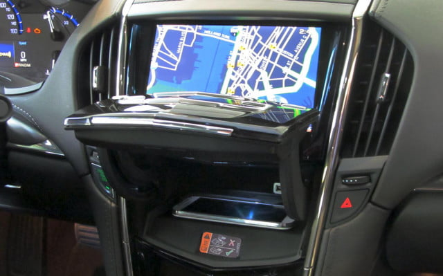 2015 Cadillac ATS center console