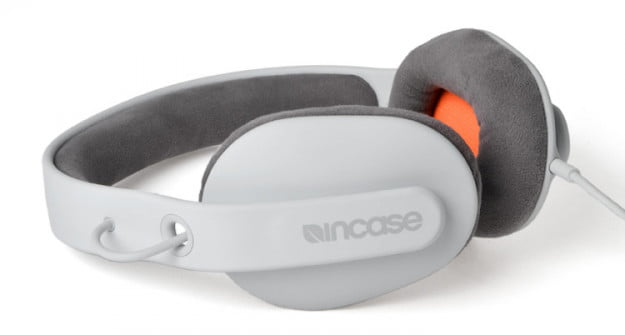 incase-sonic-review-side-angle