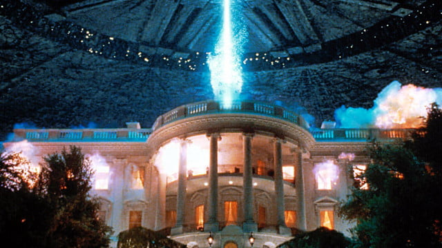 independence day sequel officially greenlit coming july