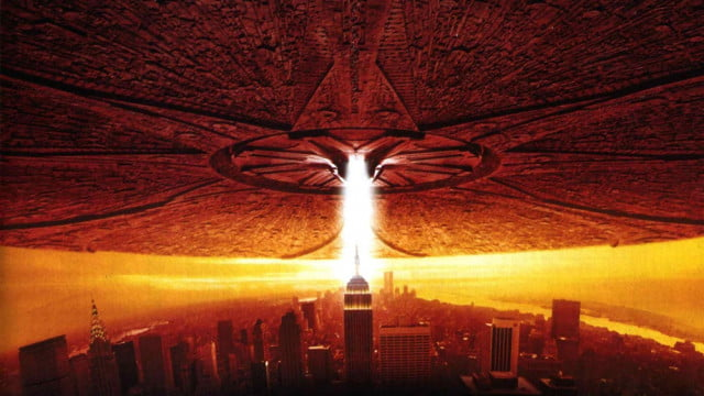 independence day sequel gets new writer movie aliens invade