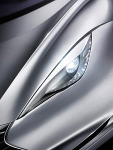 infiniti-emerg-e-light-details