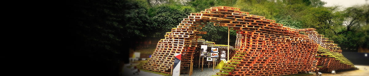 Zen and tranquility ripple through this artistic installation of wood pallets