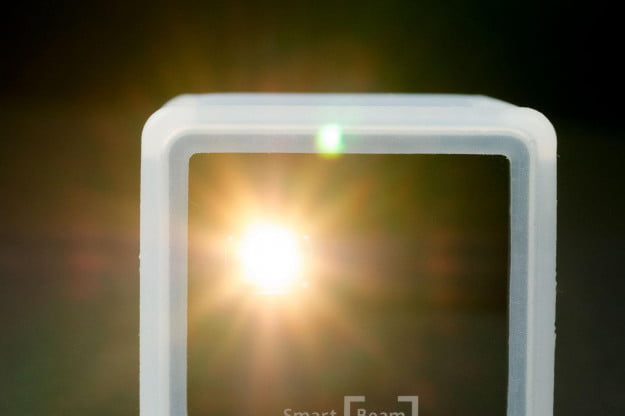 Innoio Cube Pico Projector front projecting
