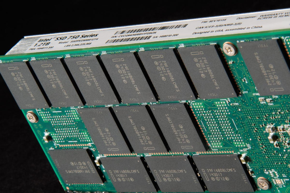 nvme solid state drives are on the march may take over your next pc intel  series ssd