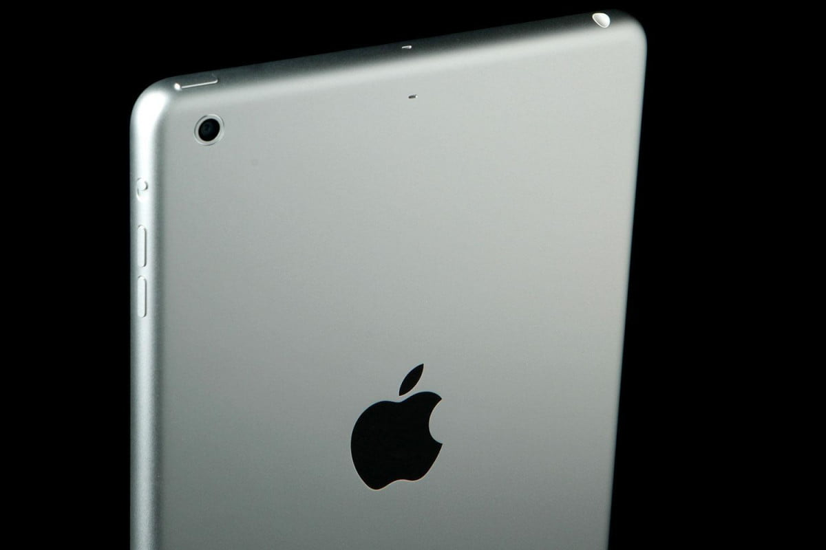 first ipad mini retired apple store with retina back top angle  x