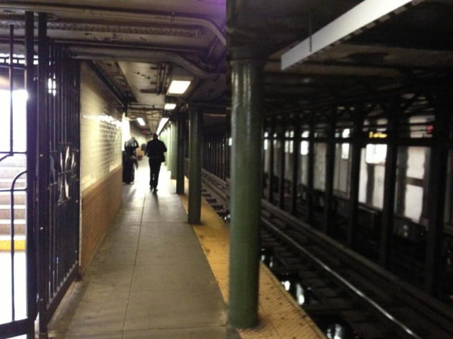 nyc subway lines best wireless service iphone  galaxy s camera