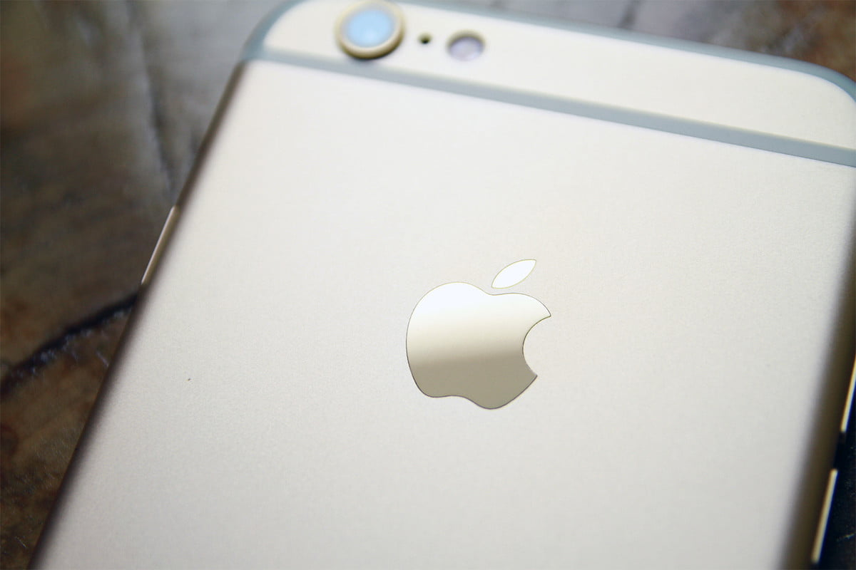apple iphone found at sea  s
