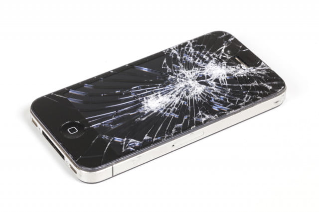 apple active screen protection patent iphone cracked shutterstock