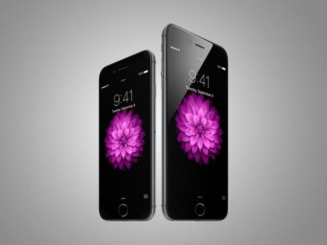 apple logs record number preorders new iphones