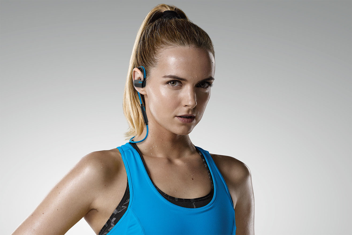 The Jabra Sport Pace in action