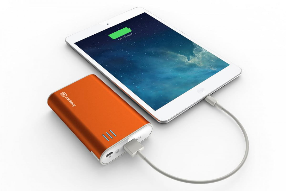 Jackery Fit Portable Battery Offers Fast Mobile Device