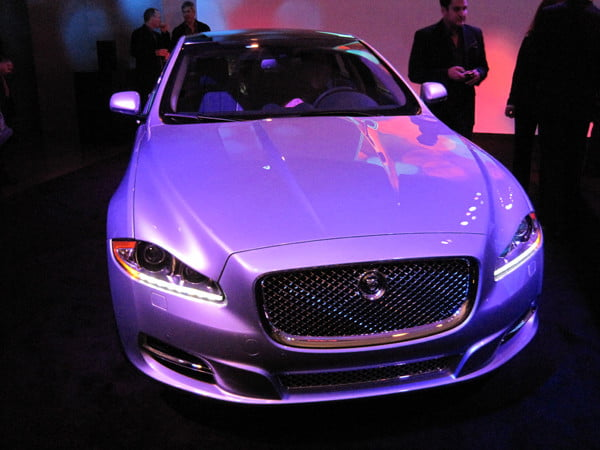 jaguar_xj_front_end