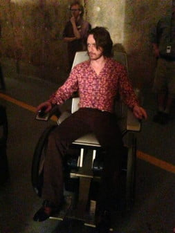 James-McAvoy-on-the-set-of-X-Men-Days-of-Future-Past-2014-Movie-Image-600x800