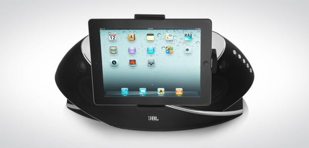 JBL OnBeat Xtreme iphone 5 dock