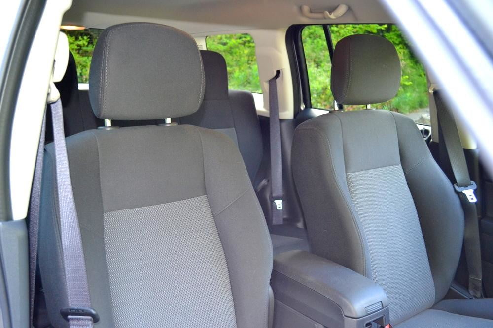 jeep patriot review interior front seats